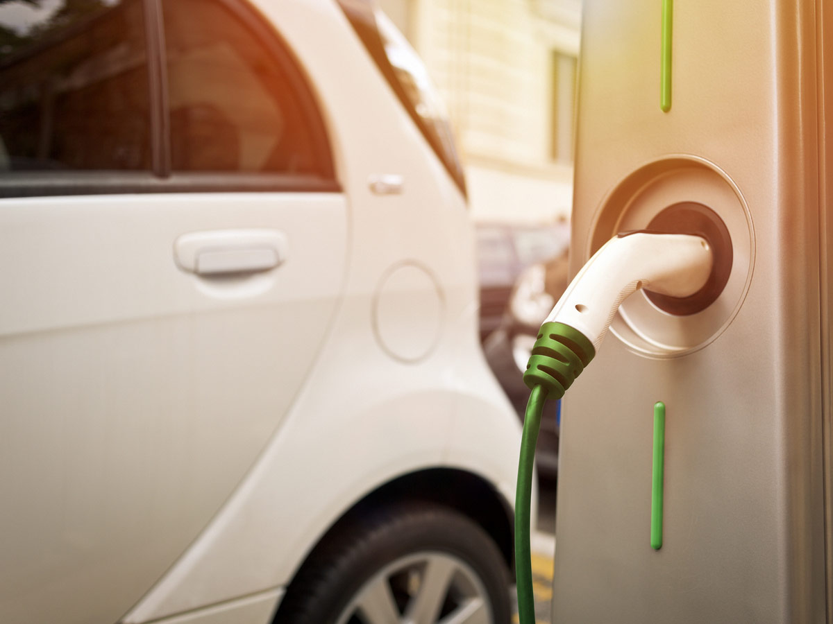 Want to know if your insurance covers your electric vehicle's battery and charging station? Here are the answers to some common questions about commercial electric vehicle insurance.